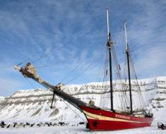 El velero Noorderlicht. Un hotel atrapado en el hielo artico