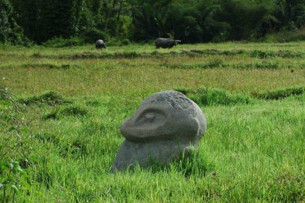 Los enigmáticos megalitos del Valle de Bada en Indonesia