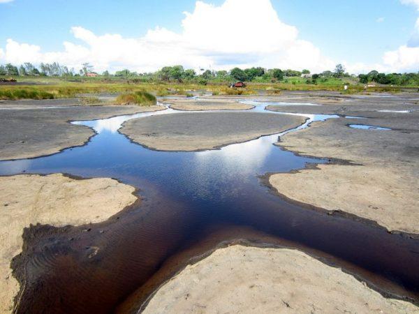 Pitch Lake, Trinidad, el depósito natural de asfalto más inmenso del mundo