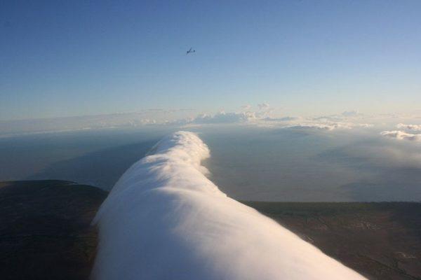 """""""Morning Glory"""", un impresionante fenómeno meteorológico en Australia"""