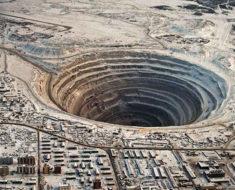 Descubre el secreto que se esconde en las profundidades de uno de los agujeros más escalofriantes del mundo