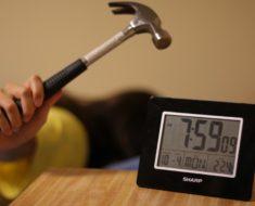 ¿Sabes por qué las alarmas se posponen 9 minutos?
