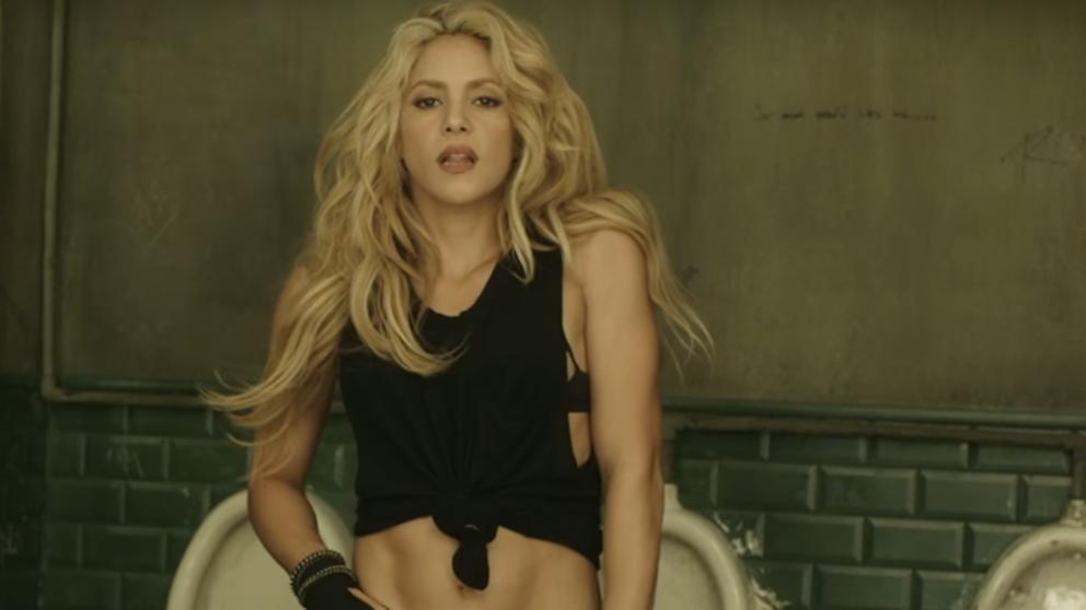 ¿Por qué toda la red habla del ombligo de Shakira? | Coyotitos