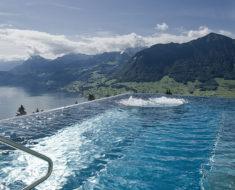 Esta es la piscina/alberca/pileta en la que todo el mundo sueña con bañarse