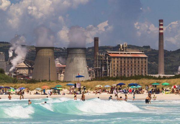 Las playas blancas y tóxicas de Rosignano Solvay