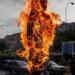 La escalofriante razón por la que se queman muñecos en Año Nuevo en Perú