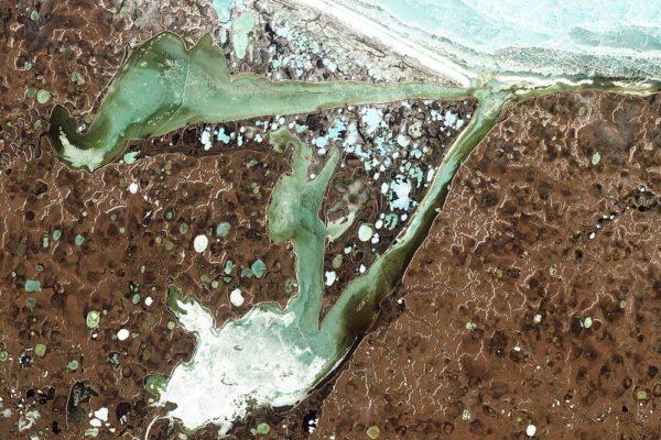 El cráter Batagaika de Siberia es una puerta a un mundo subterráneo asombroso y misterioso