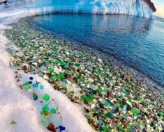 Era un vertedero de botellas pero gracias a la naturaleza es una de las playas más hermosas del mundo