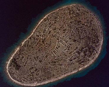 Esta isla en Croacia luce como una gigantesca huella dactilar