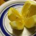 8 razones que te convencerán de colocar un limón en tu cama cada noche