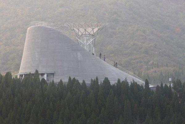 El sorprendente templo de los Monjes Voladores
