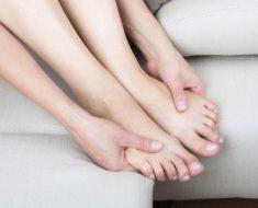 Mira por qué debes de darle un masaje a tus pies antes de ir a dormir. ¡Realmente increíble!