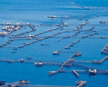 Neft Daşları Azerbaiyán ciudad artificial construida en medio del mar