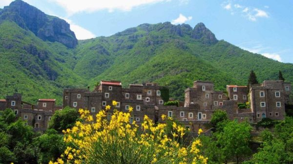 pueblo de ensueño de Colletta di Castelbianco