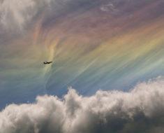 ¿Cómo se forman los extraños arcoíris de fuego?