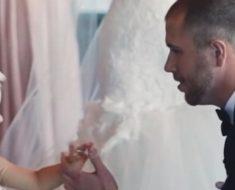 En medio de la boda, el novio le dijo algo impactante a la hija de su prometida