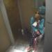Esta mujer estaba limpiando su casa cuando encontró una carta de su marido que la dejó destrozada. Mira lo que decía…