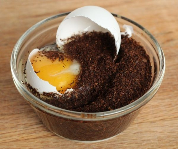 Mira lo que sucede cuando le añades un huevo crudo a tu café