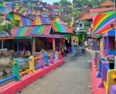 kampung pelangi pueblo indonesio arcoiris