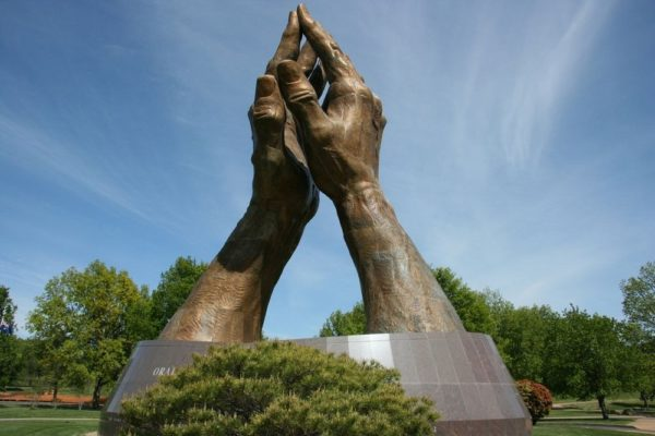 praying hands tulsa