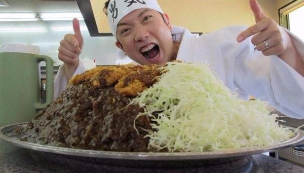 Restaurante japonés paga 900 dólares a quien logre terminarse este plato ¿Lo intentarías?