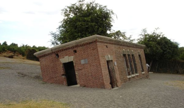 Giddy House, la casa inclinada de Jamaica