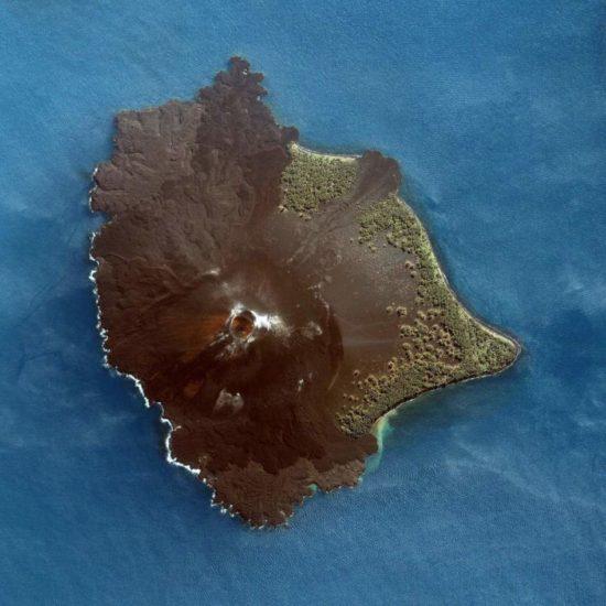 volcán krakatoa indonesia