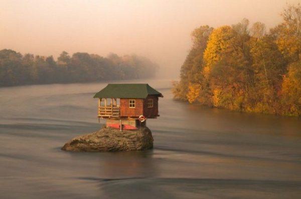 Río Drina. Serbia