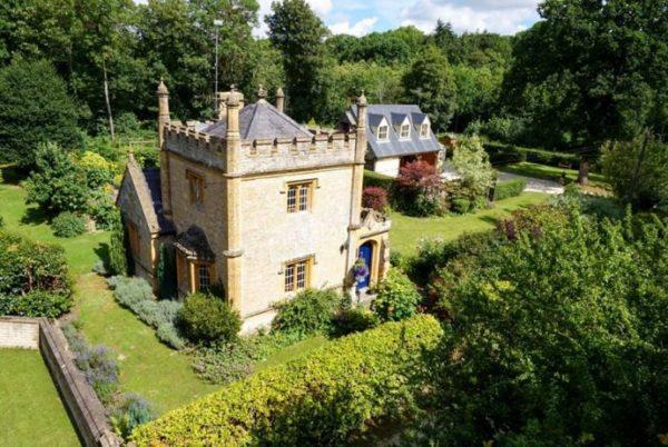 Vivir en el castillo más pequeño de Inglaterra cuesta menos de lo que esperas