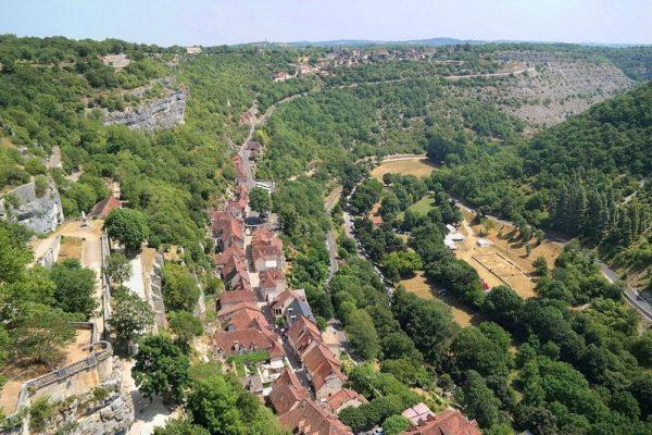 Rocamadour | Un pueblo medieval francés que desafía a la gravedad en un acantilado
