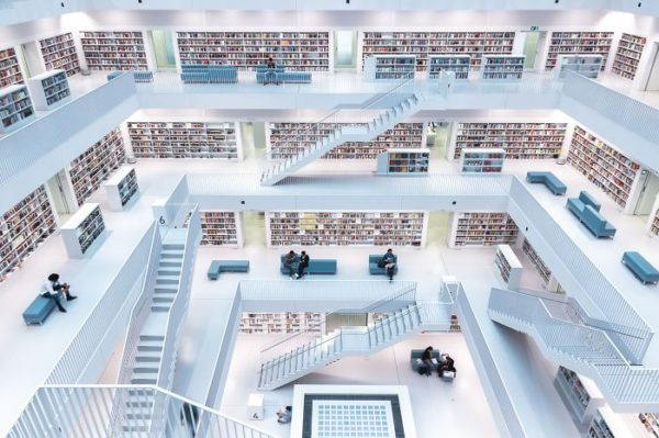 Niveles de lectura, Stuttgart, Alemania