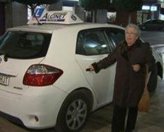 """Trini, de 84 años, acaba de sacar su carnet de conducir: """"Mis tiempos son estos"""""""
