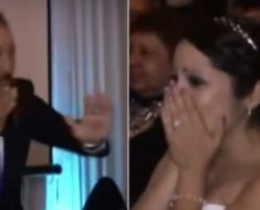 Nadie entiende lo que el padre de la novia hace con la mano, a los segundos los novios lloran sin consuelo