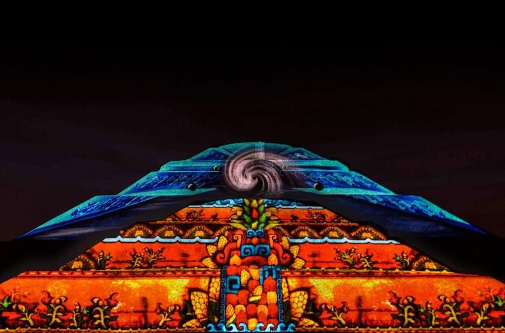 Resultado de imagen para piramide del sol noche