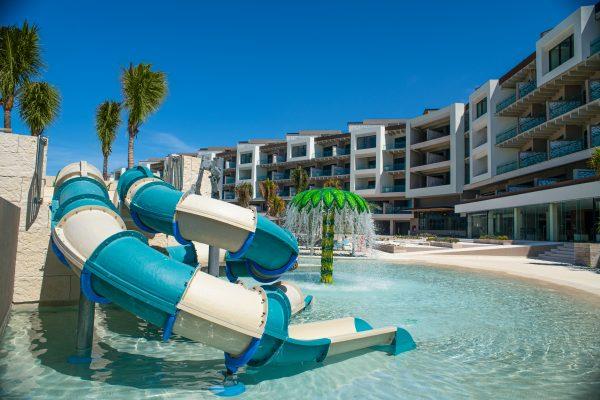 hotel ESTUDIO Playa Mujeres piscina